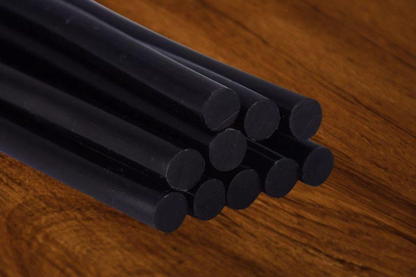 Черные клеевые стержни