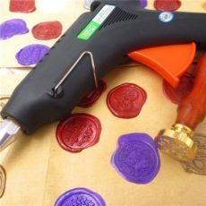 Декоративные печати с клеевым пистолетом