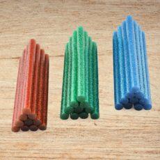 Красный зеленый и синий декоративные клеевые стержни